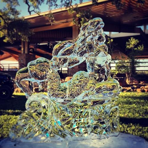 The heat wasn't the only thing keeping it 💯 today... #merfest2017 #custom #mermaid #icesculpture #fullspectrumice #brrriliant - Full Spectrum Ice Sculpture
