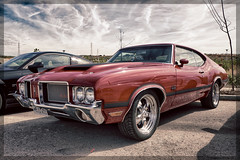Oldsmobile 4-4-2 (Miguel Angel Prieto Ciudad) Tags: red hdr retro auto car old vintage cars usa sony classic sportcar motor coche motorshow musclecar sonyalpha mirrorless