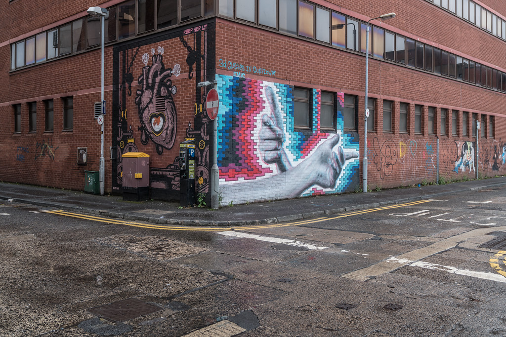 EXAMPLES OF URBAN CULTURE IN BELFAST [STREET ART AND GRAFFITI]-132908