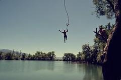 salto-lago-chico (Valua Travel) Tags: chico saltar lago deporte naturaleza actitud divertido aventura attitude horizontal color exterior