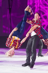 DUQ_4380r (crobart) Tags: figure skating pairs aerial acrobatics ice cne canadian national exhibition toronto