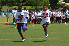 "thomas-davis-defending-dreams-foundation-0256 • <a style=""font-size:0.8em;"" href=""http://www.flickr.com/photos/158886553@N02/36995641426/"" target=""_blank"">View on Flickr</a>"