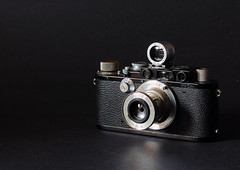 Leica III (Factory Converted to IIIf) (Semjaja) Tags: leica leicaiii leica3 barnack 35mm 35mmcamera elmar elmar3550mm vintagecamera classiccamera analoguecamera analogue filmphotography cameraporn rangefinder