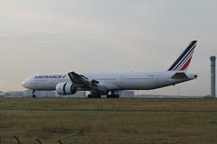 F-GZNI Boeing 777-328/ER Air France (FokkerAMS) Tags: boeing777 airfrance fgzni