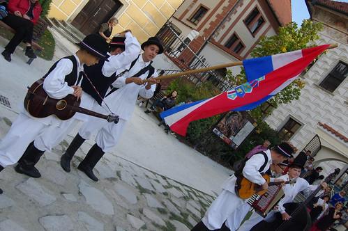 29.9.17 4 Cesky Krumlov Folk Dance Seminary Garden 012