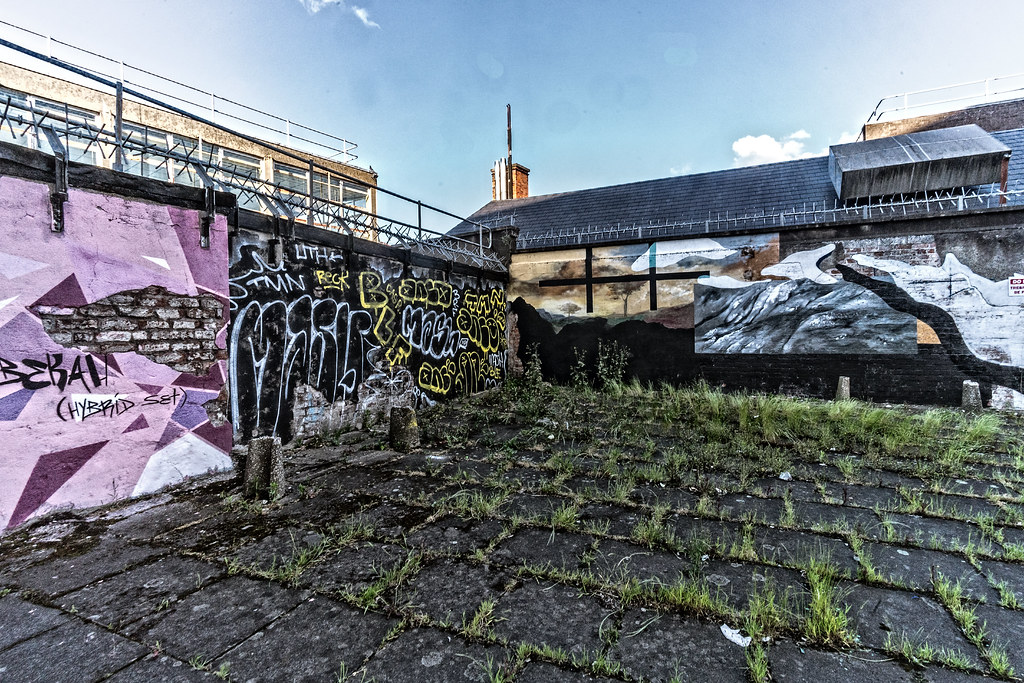 URBAN EXPRESSION AND DEPRESSION IN BELFAST [DERELICT SITE DUNBAR LINK - GREAT PATRICK STREET]--132962