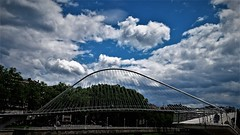 Cielos de Bilbao (enrique1959 -) Tags: martesdenubes martes nubes nwn bilbao vizcaya paisvasco euskadi españa europa