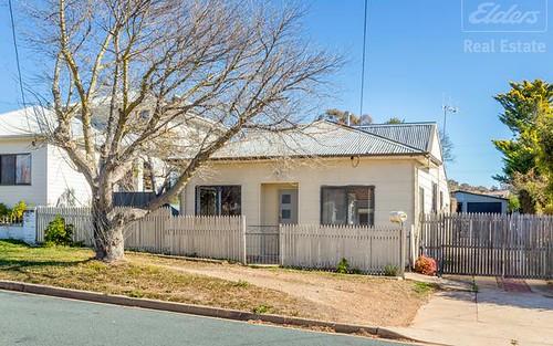 15 Mcintosh St, Queanbeyan NSW 2620