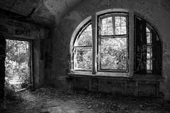 -_FOT5108 (Marcin Leciak) Tags: opuszczony szpitalpsychiatrycznyotwock
