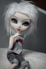 [Alexia, Pullip Naomi] (Loony-Doll) Tags: pullip naomi pullipnaomi custo custom customisée wig furwig fur acryliques eyes eyelashes groove doll dolls