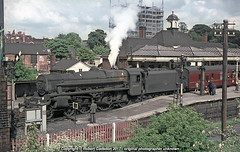 1965 - Watering, at Aylesbury.. (Robert Gadsdon) Tags: 1965 aylesburytownstation lmsbr black5 460 44715 nottinghamexpress counciloffices greatcentral steam withdrawn scrapped