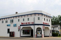 Kubly Tire & Service Station - Monticello Wisconsin (Cragin Spring) Tags: midwest unitedstates usa unitedstatesofamerica kublytire kubs building servicestation gasstation monticello monticellowi monticellowisconsin