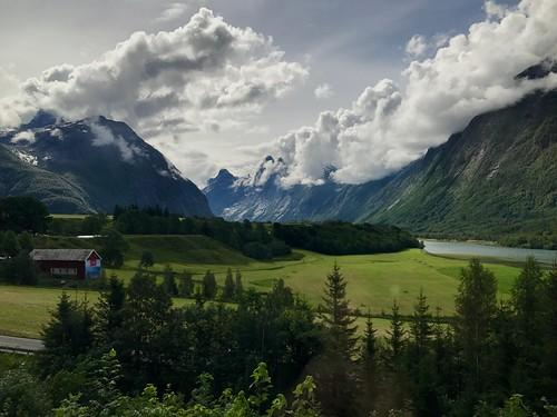 Approaching Åndalsnes