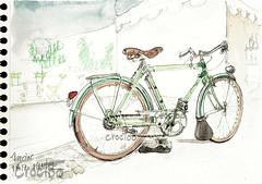Marciac, ma bicyclette Peugeot, sur la place (Croctoo) Tags: croctoo croctoofr croquis aquarelle watercolor auto tracteur vélo marciac bicyclette peugeot biclou