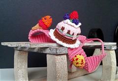 Sweets headband (Blythe's Tiny Worlds) Tags: crochet headband sweets amigurumi icecream cake blythe doll