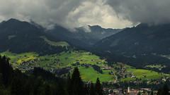 Kleinwalsertal (Netsrak) Tags: europa europe alpen kleinwalsertal riezlern hirschegg baum bäume wald berg berge gebirge wolke wolken landschaft natur mensch österreich at austria