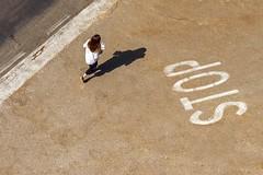 Pienza Crossings (Nikonphotography D750) Tags: nikonphotography nikond750 nikon urlaub holidays ferien vacation onvacation italien italy reise journey triptoitaly europa europe visiteurope gettyimages farben colors streetphotography toskana tuscany nikkor50mm pienza streetsigns shadows