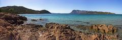 Playa de Capo Coda Cavallo (Ál Men-chez) Tags: italia cerdeña playa capocodacavallo naturaleza montaña mar cala paisaje panorámica