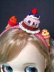 Sweets headband (Blythe's Tiny Worlds) Tags: amigurumi headband sweets crochet icecream cake blythe doll