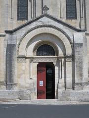 Cathédrale Saint-Pierre (XIIe-restaurée XIXe), Angoulême (16) (Yvette G.) Tags: angoulême charente 16 poitoucharentes nouvelleaquitaine musée cathédrale cathédralesaintpierre styleroman paulabadie
