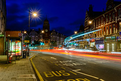 The Broadway (George Plakides) Tags: thebroadway crouchend london busstop parklane tottenghamlane bluestreaks redstreaks light streaks