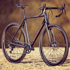 Our new ZEOLITE Gravel Cross Bike. The one and only for Cyclo-Cross / Gravel / Travel / Road Riding & Racing. Stock sizes and full custom bike building options available. Frame weight is 950 g. Complete bikes can be configured as your Dream Bike. Das neue