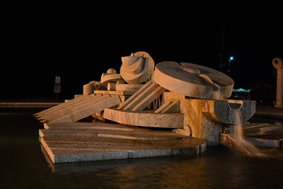 DSC_9747_3803. Pescara - Notturno - Fontana