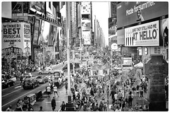 Square Time (Steve Lundqvist) Tags: new york usa states united america manhattan stati uniti travel trip viaggio traveling bw urban city urbanscape ny nyc monochrome nikon downtown state building top landscape panorama view point monocromo big apple mood crossing street road crossroad streetphotography time square times people crowd crowded traffic busy rush advertising