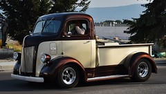 1942 Ford COE pickup truck (Custom_Cab) Tags: htt 1942 ford coe cab over engine cabover truck pick up pickup street rod custom hot 1945 1946 1947 1941