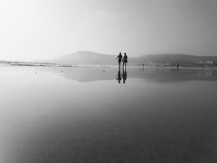 hand in hand #benheinephotography #beach #plage #maroc #morocco #sea #mer #ocean #agadir #couple #love #nofilter #sand #landscape #paysage #escapade #walk #music #musique #nature #beauty #silhouette #love #lover (Ben Heine) Tags: benheinephotography photography composition light smartphone nature landscape beauty beautiful photo photographie art ifttt instagram benheine horizon benheineart