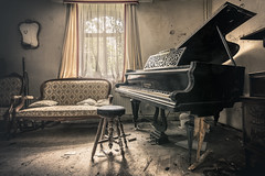 Private symphony (Marco Bontenbal (Pixanpictures.com)) Tags: nikon d750 tamron 1530 lost abandoned decay decayed hidden world europe urbex urban ue urbanexploring photography pixanpictures piano natural light naturallight belgium beautiful amazing sofa window mirror mysterious maison forgotten house old music symphony private