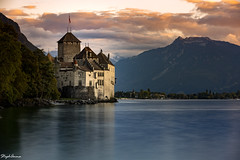 Château de Chillon sunset (StephAnna :-)) Tags: alpen berge bergsee burg gebirge genfersee lacleman lakegeneva landschaft langzeitbelichtung montreux schloss schweiz see sonnenuntergang suisse switzerland vaud wolken alpes castle chateau chateaudechillon clouds coucherdesoleil expositionlongue longexposure montagne mountains nuages sunset veytaux ch