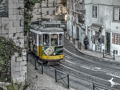 Lisboa (Ruinenvogel) Tags: lisboa lisabon portugal tejo eléctrico bridge capital ngc flickrtravelaward tram strasenbahn ruby5