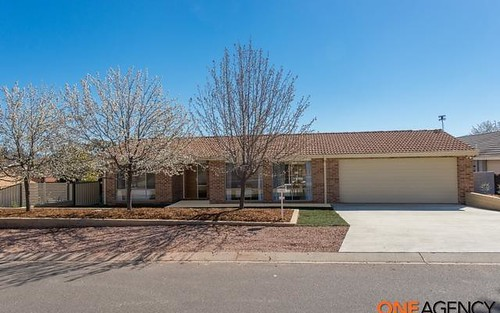 24 Mollee Crescent, Isabella Plains ACT 2905