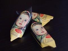 Russisches Konfekt (ingrid eulenfan) Tags: süsigkeiten bonbon russischeskonfekt confectionery кондитерскиеизделия сладость sweetness candy schokolade