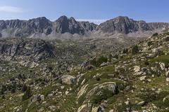 Estany del Meligar, Principat d'Andorra (kike.matas) Tags: canon canoneos6d canonef1635f28liiusm kikematas estanydelmeligar pessons cercledepessons encamp andorra andorre principatdandorra pirineos paisaje lago montañas nature rocas lightroom4 андорра senderismo