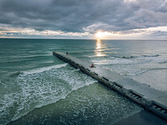 Cloud Cover (justenoughfocus) Tags: gulfofmexico mavic breach clouds cloudscape dji drone florida gulfcoast seascape unitedstates bradentonbeach us