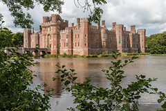 Herstmonceux Castle (Keith in Exeter) Tags: herstmonceux castle red brick moat lake battlement wall tower architecture building sussex landscape trees water outdoor palatial chimneys fortress england explore bâtisse schloss château castillo