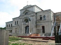 Покровская церковь с братским корпусом