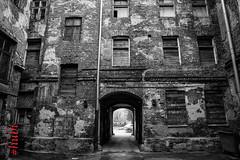 Warszawa (Catseye 2013) Tags: stille alone verlassen starapraga warszawa warszaw warschau altstadt oldbilding old bw schwarzweiss sw