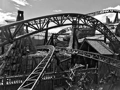 Fun Factory (mrburton75) Tags: magnet motor linearstrom coaster launch multi park freizeitpark curve power geschwindigkeit speed airtime kurven stahl achterbahn rollercoaster white black spas factory taron phantasialand fun