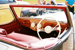 Triumph 1800 30.7.2017 1878 (orangevolvobusdriver4u) Tags: triumphengland triumph england triumph1800 1800 rhd 2017 archiv2017 car auto klassik classic oldtimer vintage bleienbach bleienbach2017 schweiz switzerland cabriolet cabrio convertible detail dashboard interior interieur