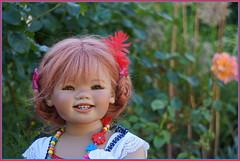 Sanrike  ... (Kindergartenkinder) Tags: sommer sanrike blumen personen grugapark essen kindergartenkinder garten blume park annette himstedt dolls
