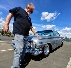 Mike: 1960 Chevrolet Impala (RZ68) Tags: chevrolet impala hotrod fast dragster classic 1960 mike custom vintage 60s car 2door jet silver chrome street man driver