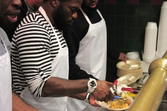 """thomas-davis-defending-dreams-foundation-thanksgiving-at-lolas-0038 • <a style=""""font-size:0.8em;"""" href=""""http://www.flickr.com/photos/158886553@N02/37013338752/"""" target=""""_blank"""">View on Flickr</a>"""