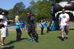 "thomas-davis-defending-dreams-foundation-0085 • <a style=""font-size:0.8em;"" href=""http://www.flickr.com/photos/158886553@N02/37013620932/"" target=""_blank"">View on Flickr</a>"