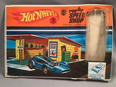 z Pop-Up Speed Shop (toyfun4u) Tags: vintage redlines hot wheels