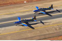 Aeronaves A-29 prontas para o início das manobras aéreas. (Força Aérea Brasileira - Página Oficial) Tags: 2017 a29 ala1 brazilianairforce eda esquadrilhadafumaca evento fab forcaaereabrasileira forçaaéreabrasileira fotobiancaviol infraestrutura aeroportojuscelinokubitschek aeroportointernacionaldebrasília apresentacao demonstracaoaerea patio pistadepouso portoesabertos