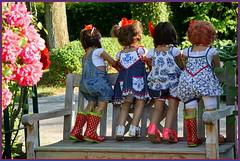 Rücksichtslos ... (Kindergartenkinder) Tags: sommer sanrike blumen personen grugapark essen kindergartenkinder garten blume park annette himstedt dolls kindra setina milina