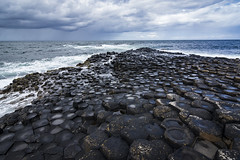 the giant's causeway (Sere TriBe82) Tags: waterfront sea rocks northernireland ireland basalt black clouds cliff